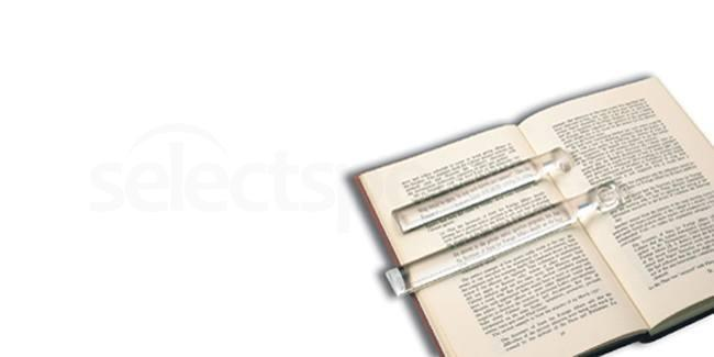 magnifier acrylic bar macular degeneration