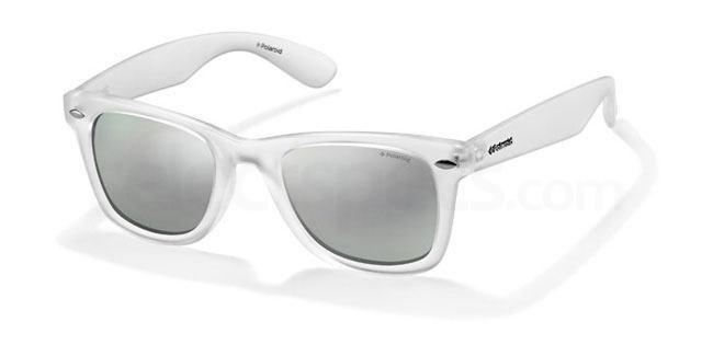 Polaroid P8400 Sunglasses at SelectSpecs